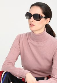 Polaroid - Sluneční brýle - havana - 1