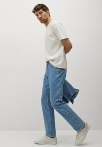 Mango - HILLARY-I - Jeans straight leg - blu medio - 1