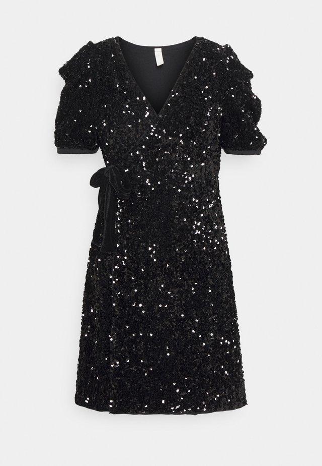 YASSEQUELLA WRAP DRESS SHOW - Cocktail dress / Party dress - black