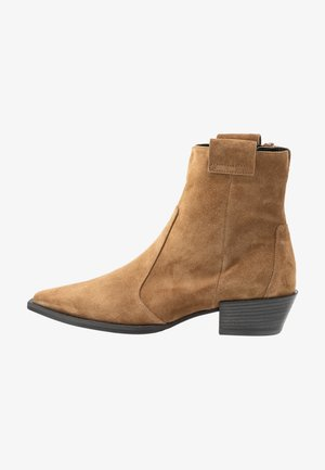 MARY - Cowboy/biker ankle boot - wood