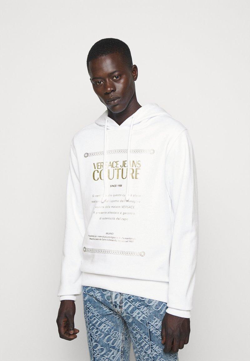 Versace Jeans Couture - FELPA - Sweat à capuche - white