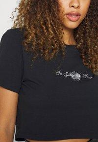 Juicy Couture - CROWN - T-shirt print - black - 6
