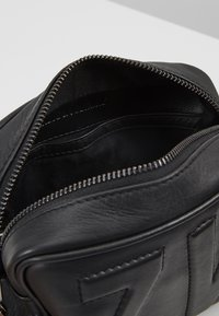 Zadig & Voltaire - BOXY INITIAL - Across body bag - noir - 4