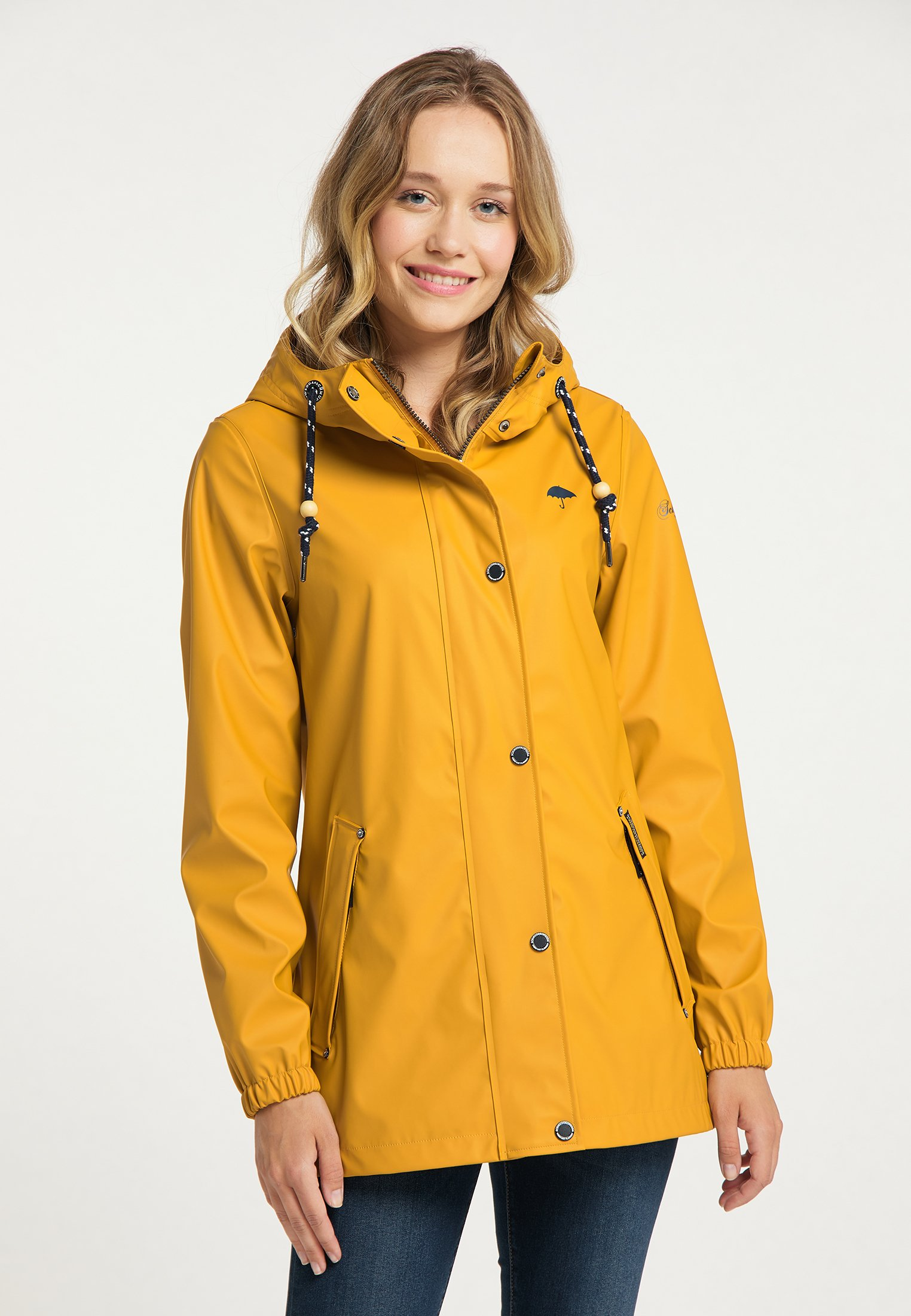Mujer Impermeable