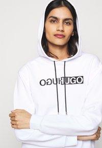 HUGO - NEMOLIA - Sweatshirt - white - 3