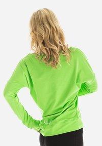 Winshape - LONGSLEEVE - Sweatshirt - apfelgrün - 2