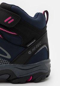 Hi-Tec - BLACKOUT MID WP UNISEX - Hiking shoes - navy/magenta - 5