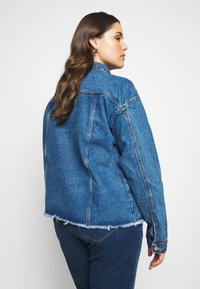 Missguided Plus - OVERSIZED JACKET - Giacca di jeans - indigo - 2