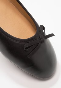 Fitters - LINA - Baleriny - black - 5