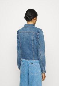 Vero Moda - VMFAITH JACKET  - Denim jacket - medium blue denim - 2