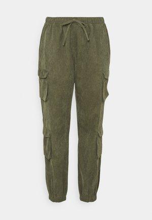 UTILITY TROUSER - Trousers - khaki
