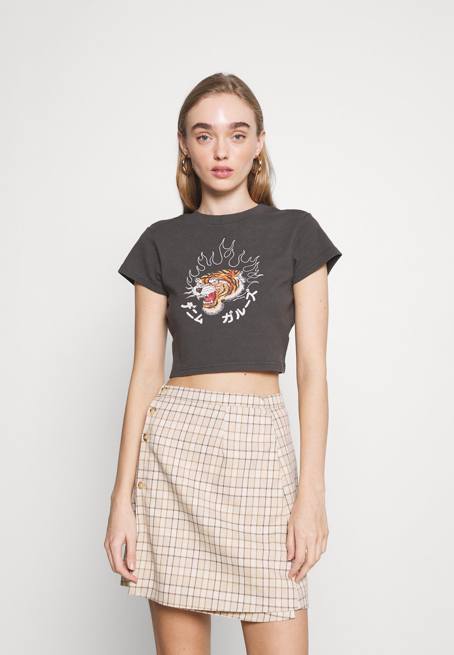 Women A 90'S CROP TEE - Print T-shirt
