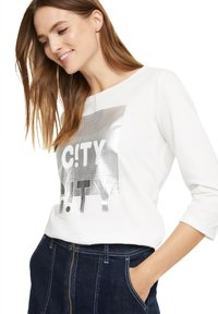 comma casual identity - Long sleeved top - offwhite wording metallic - 4