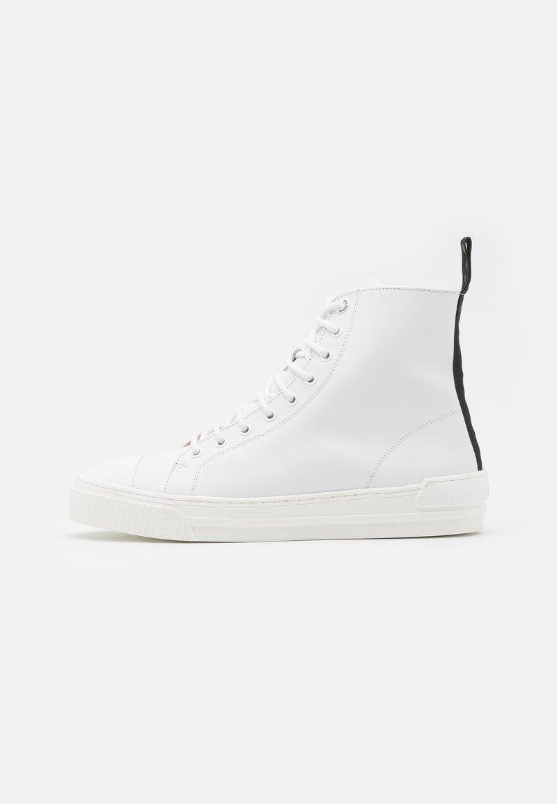 Royal RepubliQ - COURT TOP 211 - Sneakersy wysokie - white