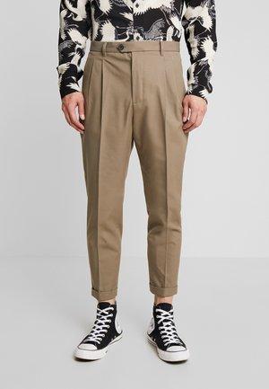 TALLIS - Trousers - beech green