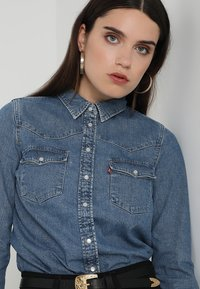 Levi's® - ULTIMATE WESTERN - Button-down blouse - livin' large - 5