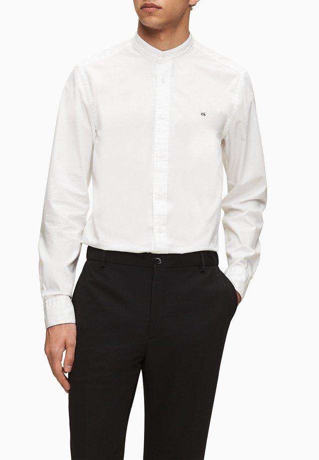 Shirt - calvin white
