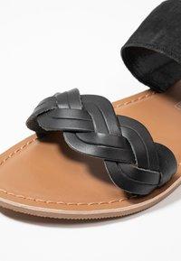New Look - FLAMINGO - Pantofle - black - 2