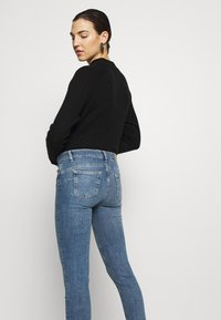 Liu Jo Jeans - MONROE - Jeans Skinny Fit - denim blue crux wash - 4