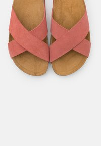 ONLY SHOES - ONLMADISON SLIP ON - Slippers - nude - 4