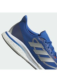 adidas Performance - SUPERNOVA + BOOST BOUNCE PRIMEGREEN RUNNING REGULAR SHOES - Neutral running shoes - blue - 8