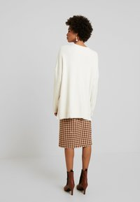 Culture - CUOLIVIA  - Stickad tröja - whitecap melange - 2