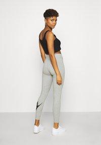 Nike Sportswear - LEGASEE FUTURA - Leggings - Trousers - dark grey heather/black - 2