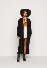 Missguided - LONGLINE PATCH POCKET  - Cardigan - black - 1