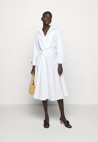 AKNVAS - SOPHIE - Robe chemise - white - 1