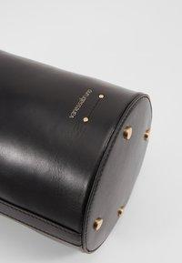 Vanessa Bruno - HOLLY MINI SEAU - Handbag - noir - 7