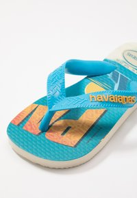 Havaianas - MINIONS - Pool shoes - beige/turquoise - 2
