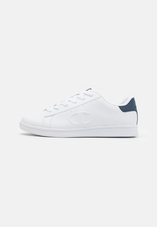 LOW CUT SHOE ANDREA - Sportschoenen - white/navy