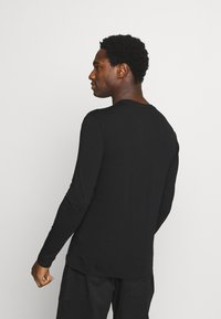 Guess - CORE TEE - Long sleeved top - jet black - 2