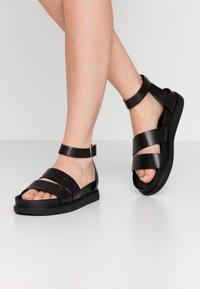 Vagabond - ERIN - Sandaalit nilkkaremmillä - black - 0