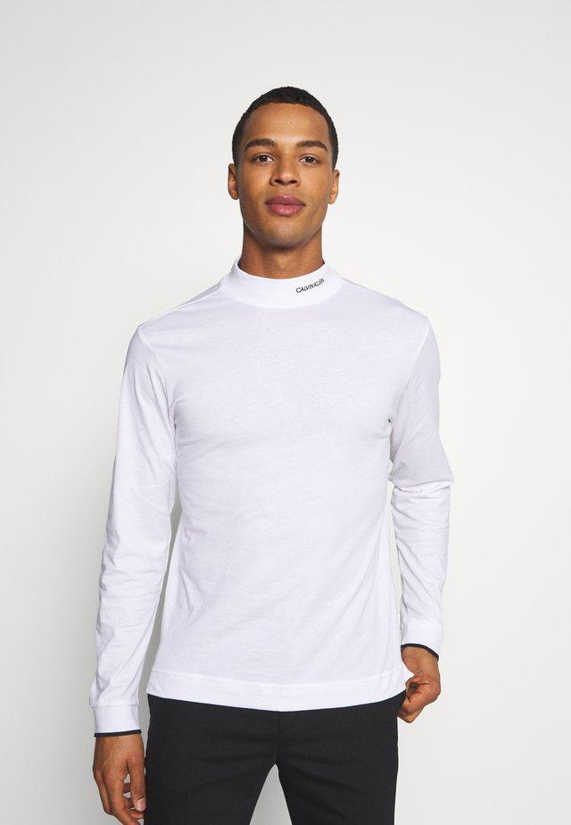 MOCK NECK LONG SLEEVE  - Langarmshirt - white