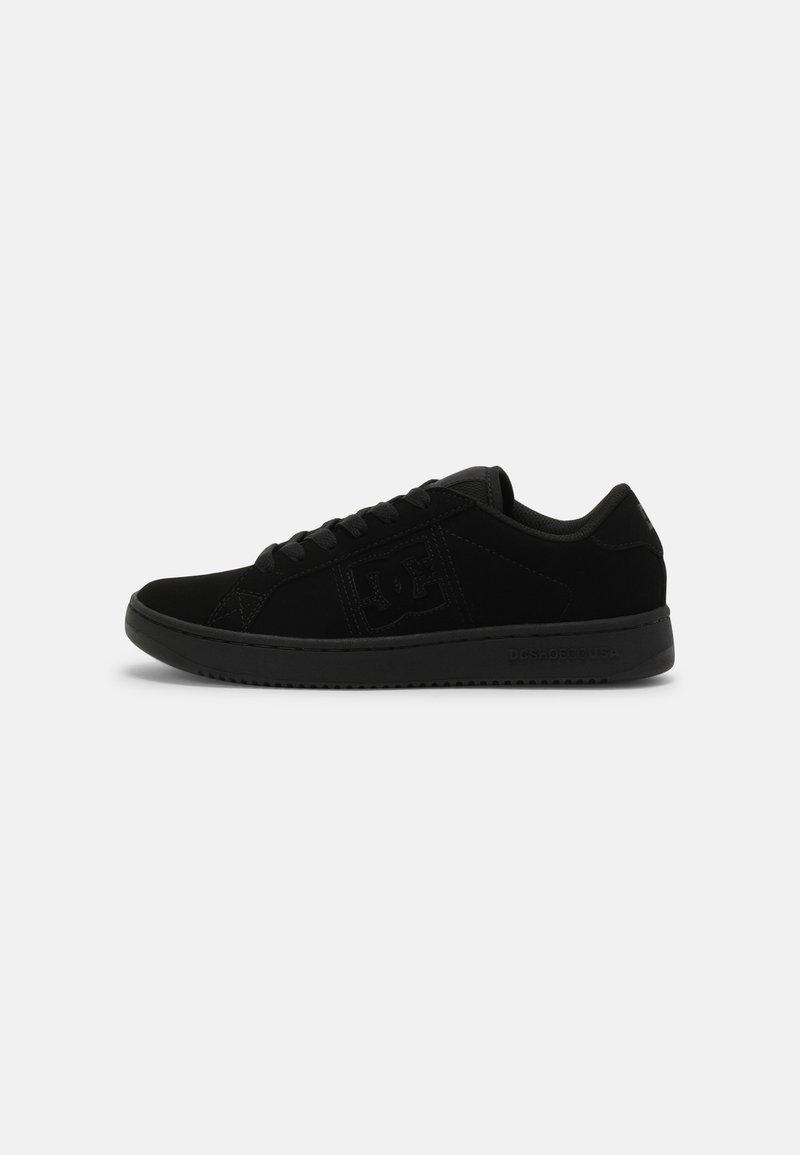 DC Shoes - STRIKER UNISEX - Tenisky - black
