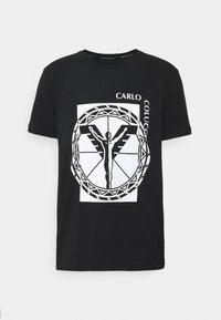 Carlo Colucci - BIG LOGO - Print T-shirt - black - 3