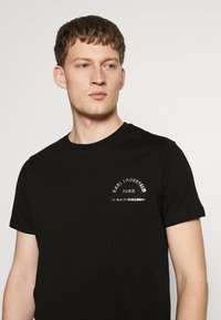 KARL LAGERFELD - CREWNECK - T-shirt imprimé - black - 5