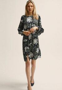 STOCKH LM - Day dress - flower print - 0