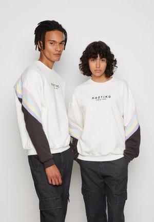 CREW WALKER  - Sweatshirt - ivory/grey/pink