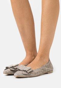 Kennel + Schmenger - LEA - Ballet pumps - pebble - 0