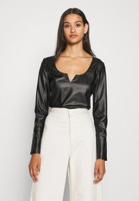 Nly by Nelly - V FRONT - Blouse - black - 0