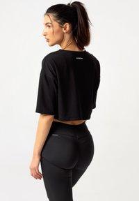 carpatree - OVERSIZE - Print T-shirt - black - 2