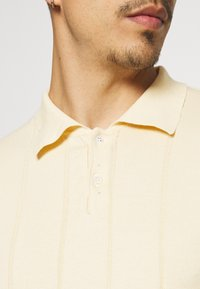 Far Afield - JACOBS - Polo shirt - off-white - 3