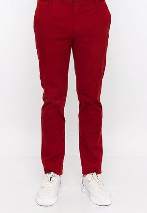 Chino - red