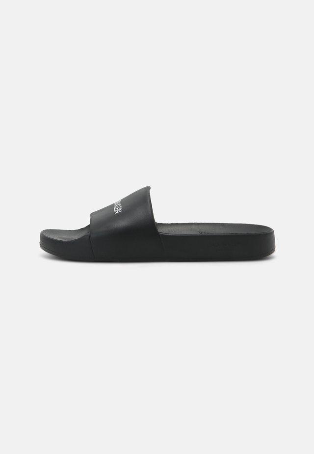 CORE SOLIDS - Pantofle - black