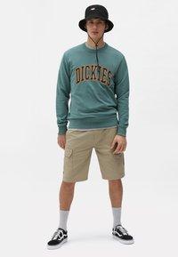Dickies - AITKIN - Sweatshirt - lincoln green - 1