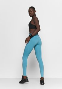 Nike Performance - EPIC LUXE - Tights - cerulean/reflective silver - 2
