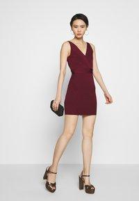 Hervé Léger - ICON STRAP DRESS - Shift dress - dark red - 1