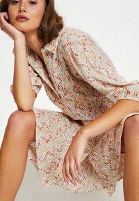 Soaked in Luxury - Shirt dress - whisper white splash print - 3